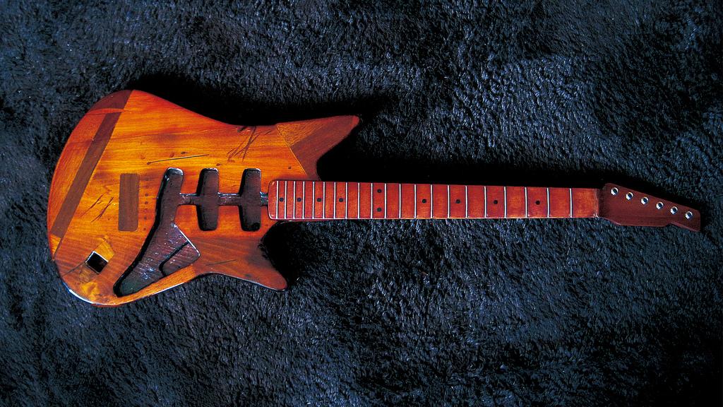 Junk Guitar Rebuild #4